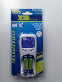 Battery Charger 2 or 4 AAA/AA included 2x AAA